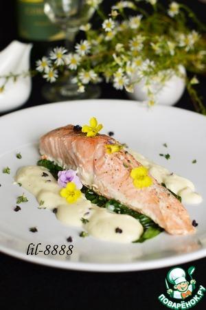 Рецепт Запеченный лосось со шпинатом и пенкой из цветной капусты