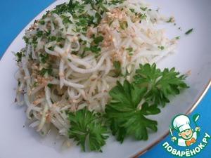 Готовим Салат из кольраби с кунжутом и свежим имбирём простой пошаговый рецепт с фотографиями