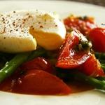 Тёплый салат со спаржей