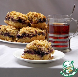 Рецепт Песочный пирог с ягодами и карамелью
