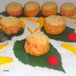 Пирожные с кракелином и малиновым кремом