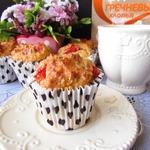 Кексы с помидорами, фетой и гречневыми хлопьями