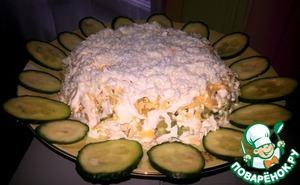 "Рецепт: Салат ""Облачко"" с курицей и ананасом"