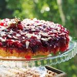 Миндальный пирог-перевёртыш с крыжовником