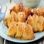 Куриные бёдра в тесте с сыром