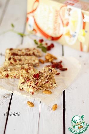 Рецепт Овсяные батончики с орехами и цукатами