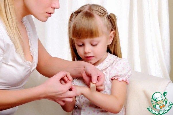 Как вытащить занозу у ребенка - все способы!