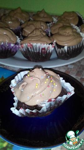 Шоколадные капкейки с творожным кремом
