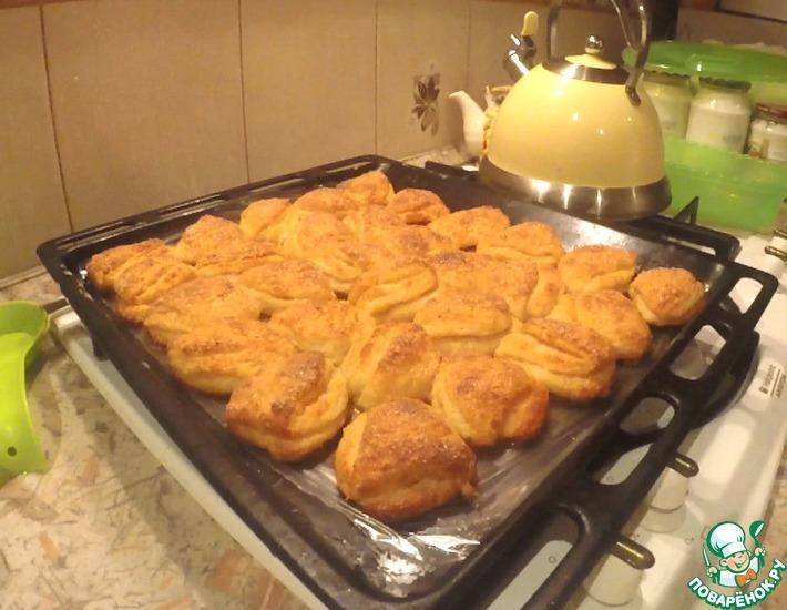 Рецепт: Творожное печенье Ушки