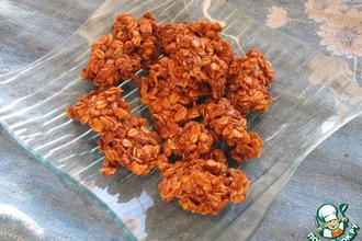 Рецепт: Карамельная крошка из геркулеса Лжекозинаки
