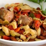 Жаркое из итальянских колбасок и фасоли