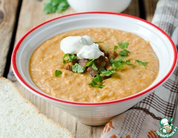Рецепт: Фасолевый суп-пюре со сметаной и шкварками