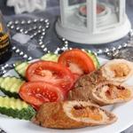 Мини-рулеты из свинины с курагой и барбарисом