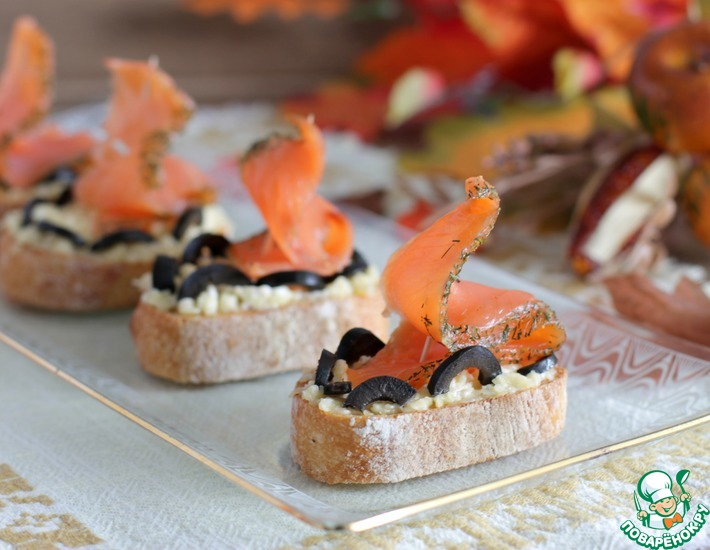 Рецепт: Бутерброды с сыром Алые паруса