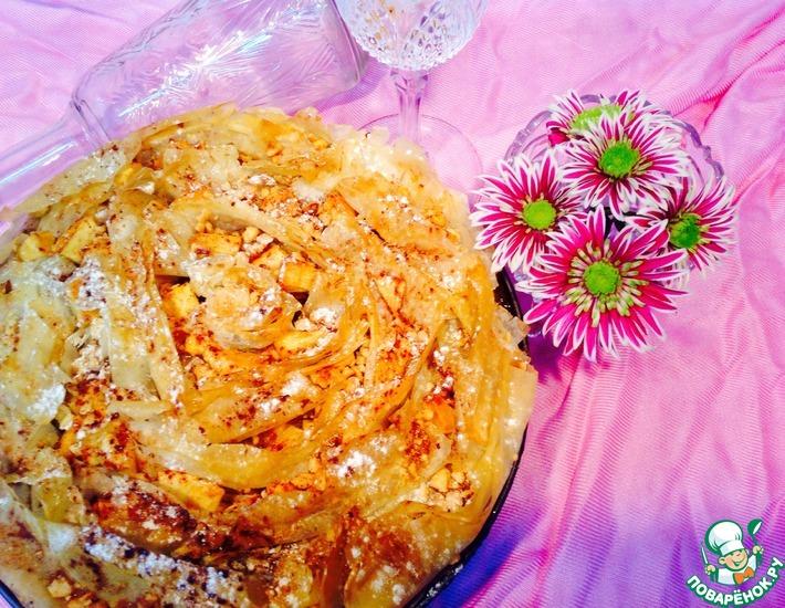 Рецепт: Яблочный пирог-десерт Цветочный