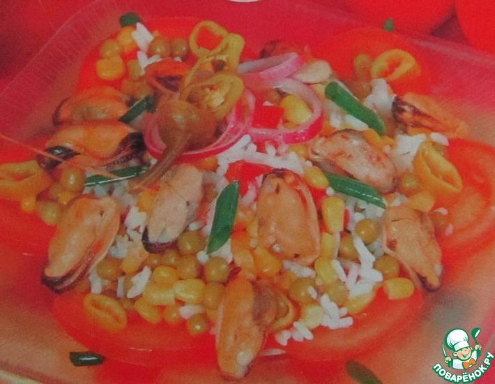 Рецепт: Салат с мидиями по-китайски