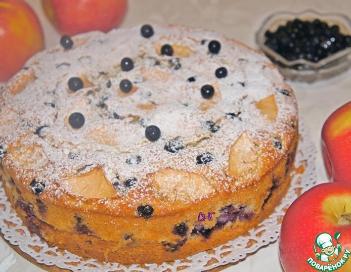 Рецепт: Яблочно-миндальный пирог с черникой