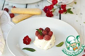 Рецепт: Творожный десерт с малиной без выпечки