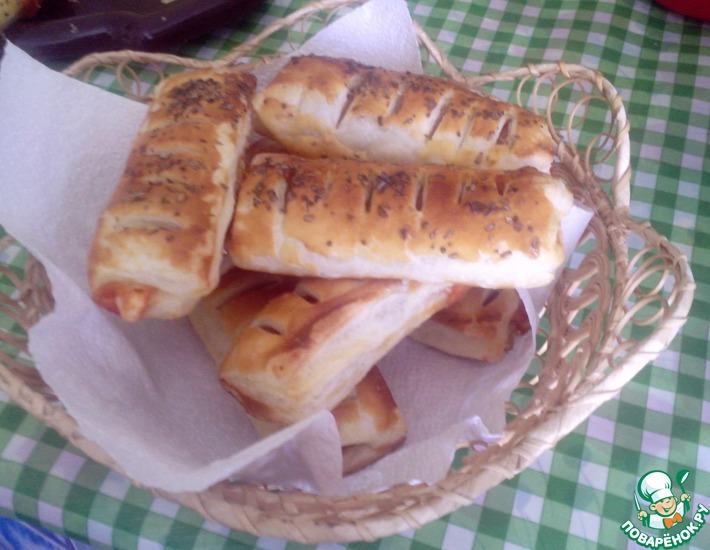 Рецепт: Сосиски в тесте с кетчупом и майонезом