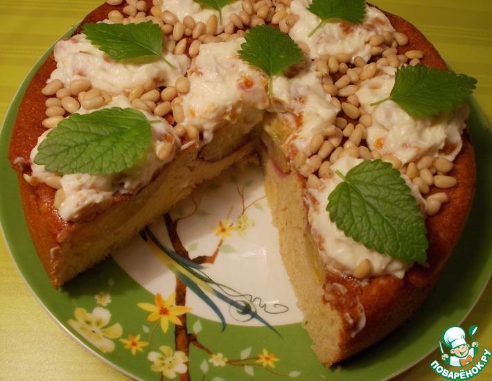 Рецепт: Пирог-перевертыш с фаршированными персиками