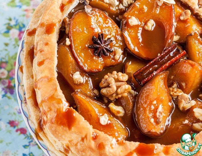 Рецепт: Пирог с карамельными грушами и орехами
