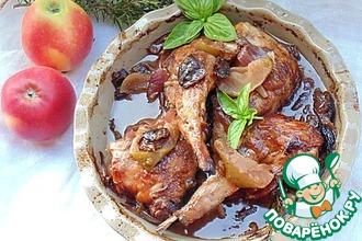 Рецепт: Медовый кролик с яблоками и красным луком