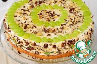 Рецепт: Торт с творожным кремом, виноградом и орехами