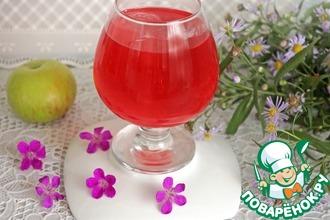 Рецепт: Напиток из яблок с базиликом и мятой