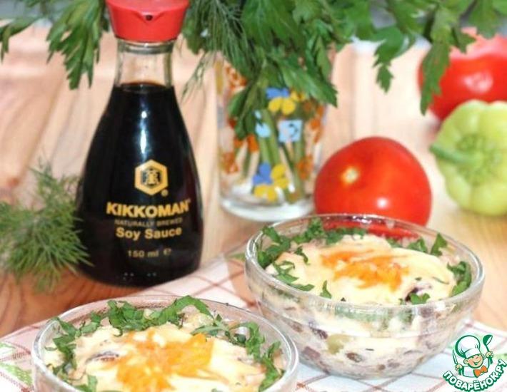 Рецепт: Кальмар запеченный с грибами в шампанском