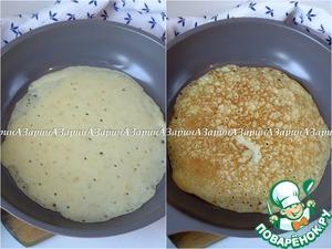 In a pan, bake pancakes.