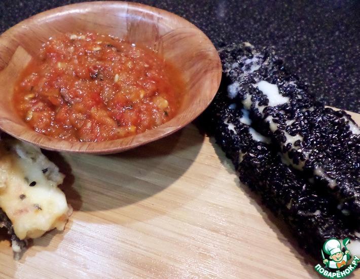 Рецепт: Жареный сулугуни с черным кунжутом