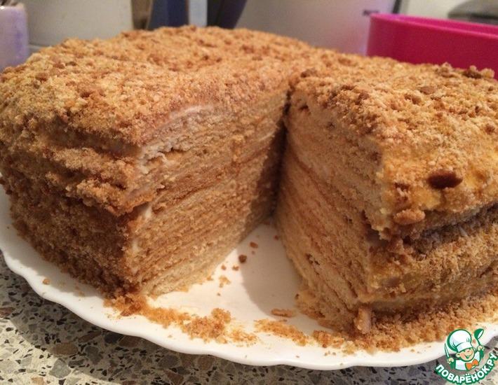 Рецепт: Медовый торт со сметанным кремом