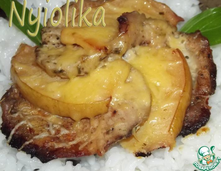 Рецепт: Свиная корейка Цветок лотоса