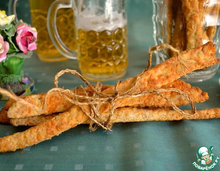 Рецепт: Хрустящие сырные палочки к вину и пиву