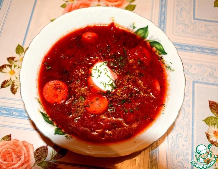 Рецепт: Суп-свекольник с сосисками