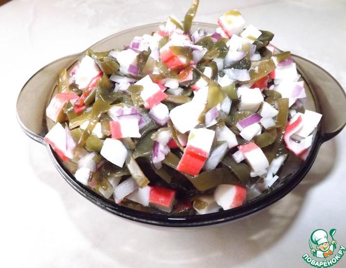 Рецепт: Простой салат с морской капустой