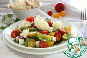 Рецепт: Салат с чиабаттой и сезонными овощами