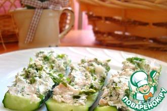 Рецепт: Бутерброды с рыбой на огурце