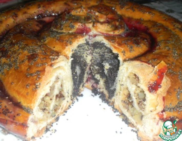Рецепт: Дрожжевой пирог Роза