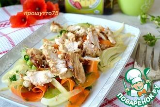 Рецепт: Салат с курицей и овощами Летний