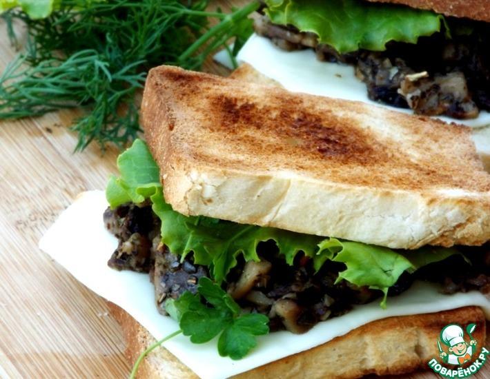 Рецепт: Жареные грибы на тостах