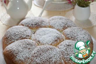 Рецепт: Постные булочки с малиной и орехами