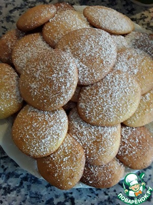 Put trays in preheated oven and bake for 8-10 minutes at a temperature of 200 - 225 degrees, then take out the cookies carefully because it is very delicate and fragile. If desired, sprinkle it with powdered sugar.