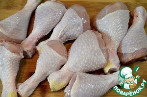 Курицу помыть и хорошо обсушить.