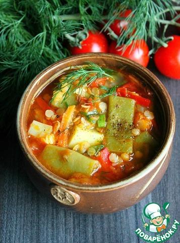 Чечевичный суп с плоской стручковой фасолью photo
